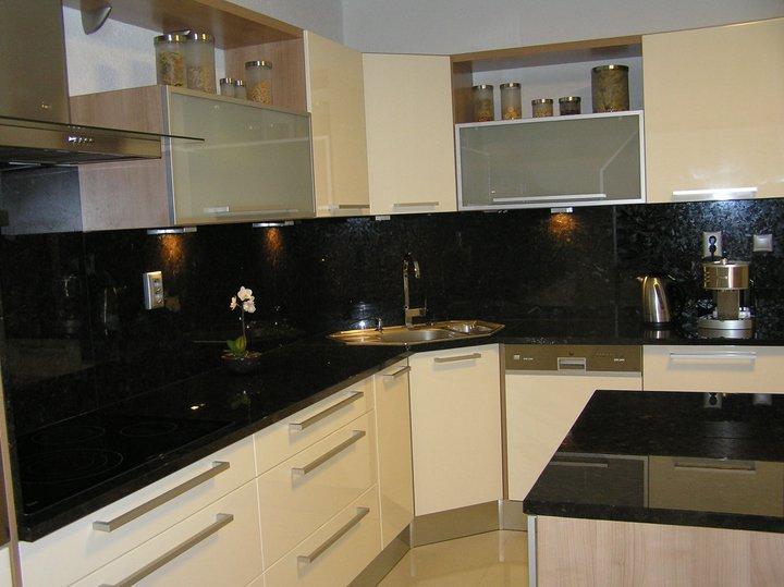 Keukens En Kasten Op Maat Keukenmontage En Timmerwerk Den Haag